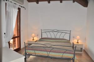 Villa Porto Coda Cavallo VI70- 5p спальня
